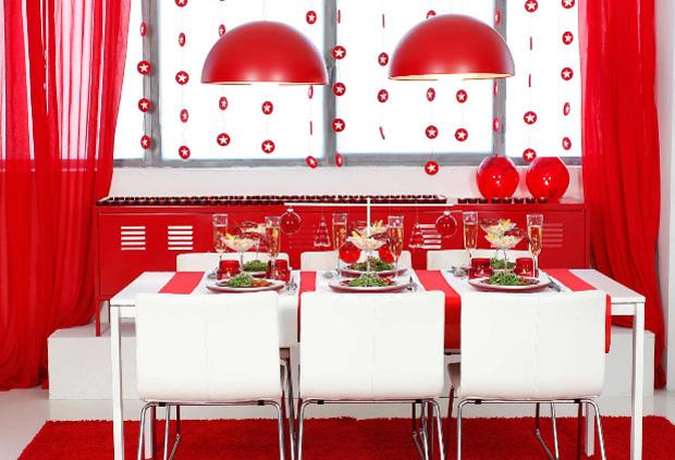 Decoración en colores blanco y rojo ikea