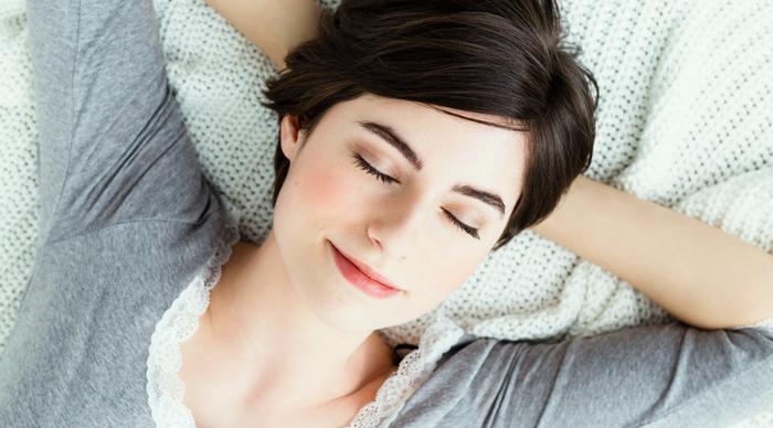Manteles y muebles para la decoraci n de tu hogar casa y - Orientacion cama dormir bien ...