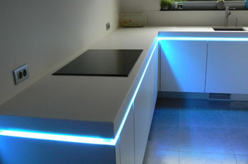 Leds para cocinas soluciones kuchen house para iluminar for Muebles de cocina kuchen