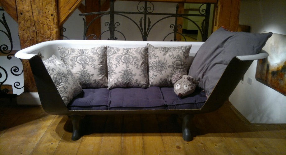 sofa-original-banera-ingenioso-decoracion-casaymantel
